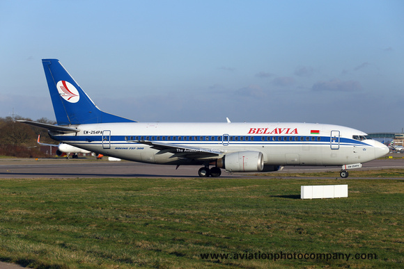 Belavia Boeing 737-300 EW-254PA at London Gatwick (2014)