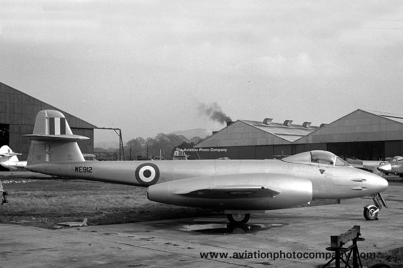 The Aviation Photo Company: Royal Air Force &emdash; RAF Gloster Meteor F.8 WE912 (1951)