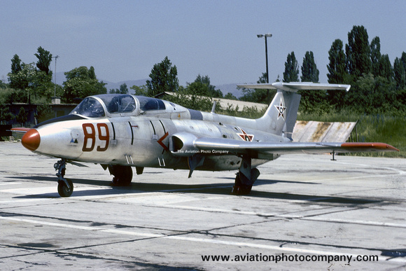 Bulgarian Air Force Aero L-29 Delfin 89 (1991)