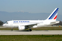 Air France Airbus A318-111 F-GUGQ at Geneva (2007)