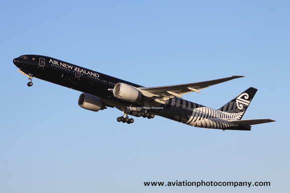 Air New Zealand Boeing 777-300ER ZK-OKQ in All Blacks scheme at London Heathrow (2012)