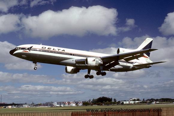 The Aviation Photo Company: Latest Additions &emdash; Delta Airlines Lockheed Tristar N702DA (1977)