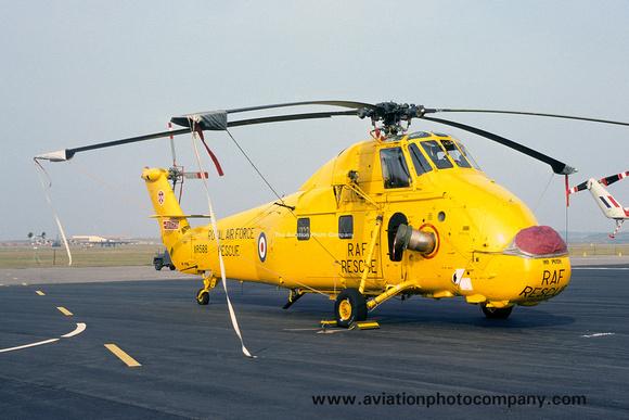 The Aviation Photo Company: Latest Additions &emdash; RAF 22 Squadron Westland Wessex HC.2 XR588 (1977)