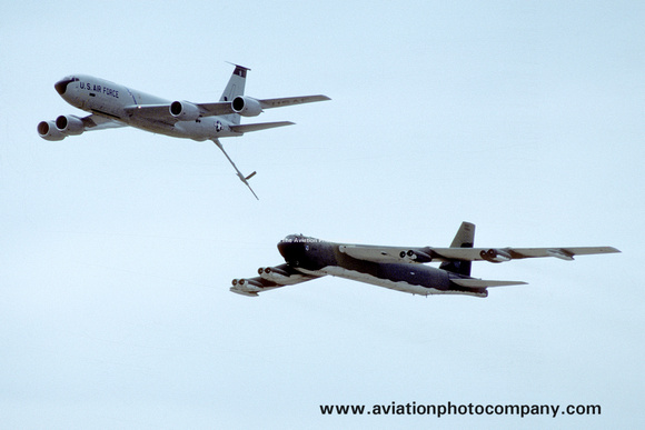 The Aviation Photo Company: B-52 Stratofortress (Boeing) &emdash; USAF 93rd Bomb Wing Boeing KC-135 and B-52G (1987)