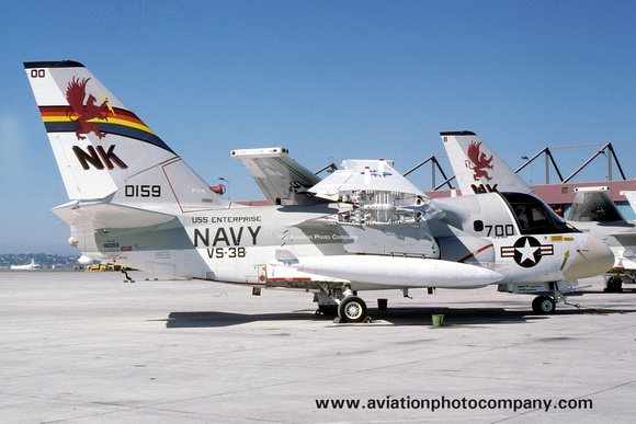 The Aviation Photo Company: S-3 Viking (Lockheed) &emdash; US Navy VS-38 Lockheed S-3A Viking 160159/NK-700 (1977)