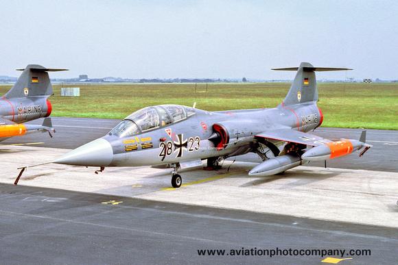 The Aviation Photo Company: Latest Additions &emdash; West German Navy MFG1 Lockheed TF-104G Starfighter 28+23 (1978)