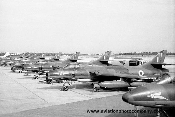 The Aviation Photo Company: Latest Additions &emdash; RAF 1 Squadron Hawker Hunter FGA.9 XE650/U at Bahrain (01.12.1962)