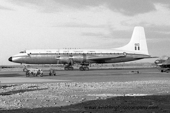 The Aviation Photo Company: Latest Additions &emdash; RAF 99/511 Squadron Bristol Britannia C.1 XL660 at RAF El Adem
