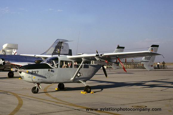 The Aviation Photo Company: O-2 Skymaster (Cessna) &emdash; USAF 355 TFW 27 TASS Cessna O-2A Skymaster 67-21297 (1978)