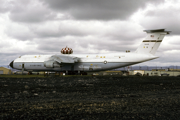 The Aviation Photo Company: C-5 Galaxy (Lockheed) &emdash; USAF 436 MAW Lockheed C-5A Galaxy 69-0005 at Keflavik (1979)