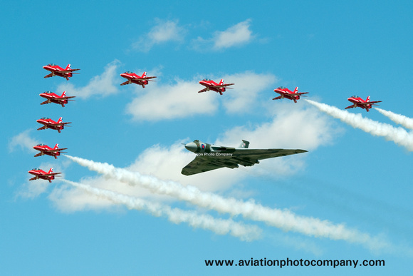 The Aviation Photo Company: Latest Additions &emdash; RAF Avro Vulcan and Red Arrows in formation at RIAT Fairford (2015)