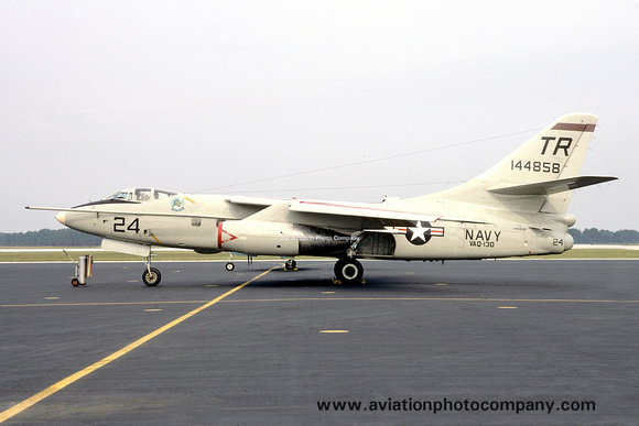 The Aviation Photo Company: A-3 Skywarrior (Douglas) &emdash; US Navy VAQ-130 Douglas TA-3B Skywarrior 144858/TR-24 (1972)