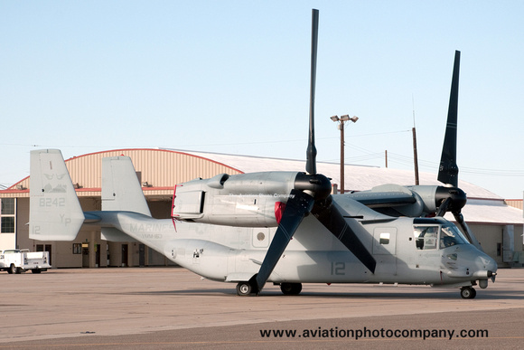 The Aviation Photo Company: Latest Additions &emdash; USMC VMM-163 Bell-Boeing MV-22B Osprey 168242/YP-12 at El Centro Airshow (2013)