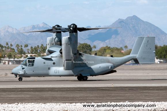 The Aviation Photo Company: Latest Additions &emdash; USMC VMM-165 Bell-Boeing MV-22B Osprey 168026/YW01 at the MCAS Yuma Airshow (2013)
