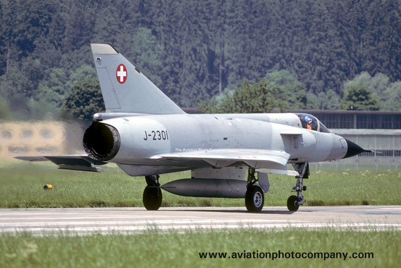 The Aviation Photo Company: Latest Additions &emdash; Swiss Air Force Dassault Mirage 3S J-2301 (1985)
