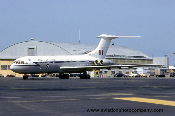 The Aviation Photo Company: Latest Additions &emdash; RAF 10 Squadron Vickers VC-10 C.1 XV108 at Keflavik (1980)