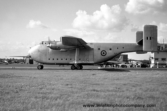 The Aviation Photo Company: Beverley (Blackburn) &emdash; RAF Blackburn Beverley WF320 (1951)