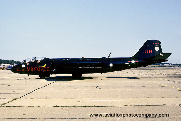 The Aviation Photo Company: Latest Additions &emdash; USAF Vermont ANG 134 DSES Martin B-57C Canberra 53-3856 (1977)