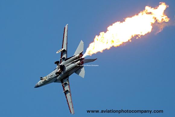 The Aviation Photo Company: F-111/EF-111 Aardvark/Raven (General Dynamics) &emdash; RAAF 1 Squadron GD RF-111C A8-126 performing fuel dump (2008)