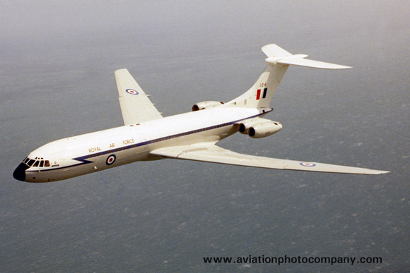 The Aviation Photo Company: Latest Additions &emdash; RAF 10 Squadron Vickers VC-10 C.1 XV104