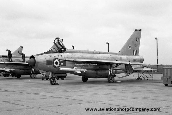 The Aviation Photo Company: 5 Squadron &emdash; RAF 5 Squadron English Electric Lightning F.6 XS903/A with Maltese cross marks (1968)