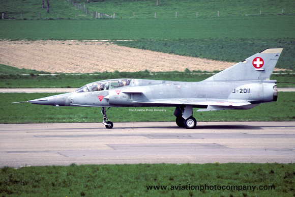 The Aviation Photo Company: Latest Additions &emdash; Swiss Air Force Dassault Mirage 3BS J-2011 (1988)