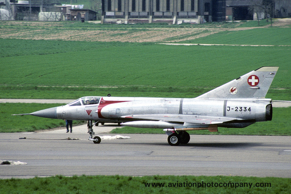 The Aviation Photo Company: Latest Additions &emdash; Swiss Air Force 17 St Dassault Mirage 3S J-2334 (1988)