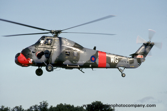 The Aviation Photo Company: Latest Additions &emdash; RAF 2 FTS Westland Wessex HC.2 XS679/WG (1992)