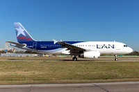LAN Chile Airbus A320-200 CC-BAG at Buenos Aires (2015)