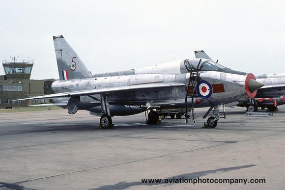 The Aviation Photo Company: 5 Squadron &emdash; RAF 5 Squadron English Electric Lightning T.5 XV328/T (1975)