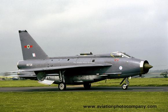 The Aviation Photo Company: 5 Squadron &emdash; RAF 5 Squadron English Electric Lightning F.6 XR728 (1987)