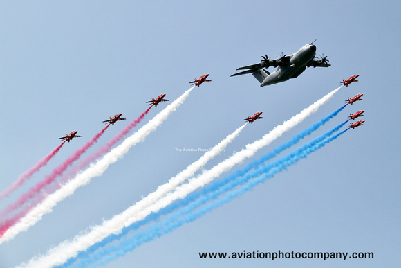 The Aviation Photo Company: Latest Additions &emdash; RAF Red Arrows and Airbus A400M in formation at RIAT Fairford (2013)