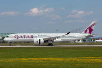 Qatar Airways Airbus A350-900 A7-ALH at Munich IAP (2016)
