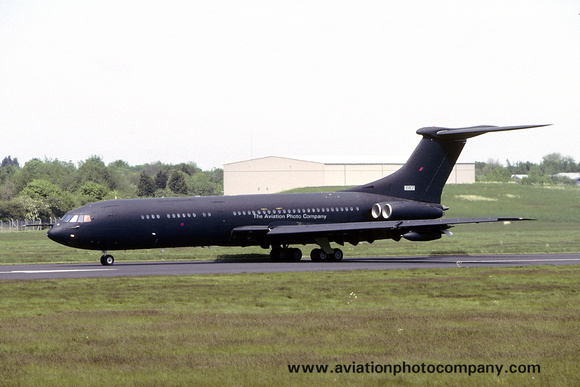 The Aviation Photo Company: Latest Additions &emdash; RAF Vickers VC-10 C.1K XR807 (2005)