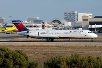 Delta Airlines Boeing 717-200 N983AT at Los Angeles IAP (2016)