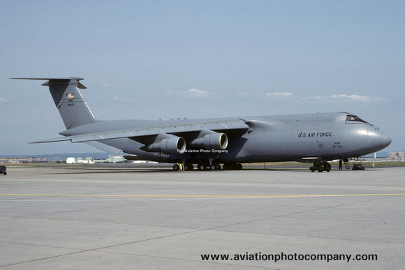 The Aviation Photo Company: C-5 Galaxy (Lockheed) &emdash; USAF 60 AW Lockheed C-5A Galaxy 69-0025 at Rhein Main (1992)