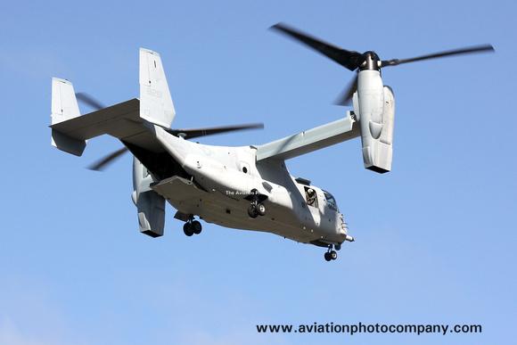 The Aviation Photo Company: Latest Additions &emdash; US Marines Bell-Boeing MV-22B Osprey 168291/YS-13 at Lajes (2013)