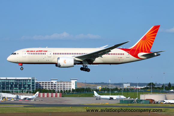 Air India Boeing 787-8 VT-ANH at Birmingham (2013)