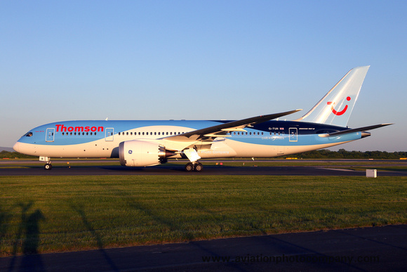 Thomson Boeing 787-8 G-TUII at Manchester (2015)
