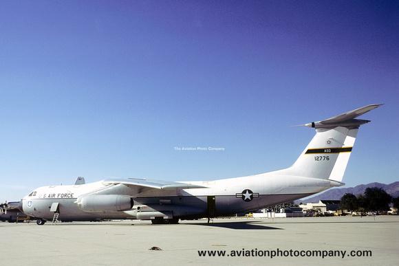 The Aviation Photo Company: C-141 Starlifter (Lockheed) &emdash; USAF ASD Lockheed NC-141A Starlifter 61-2776 (1976)