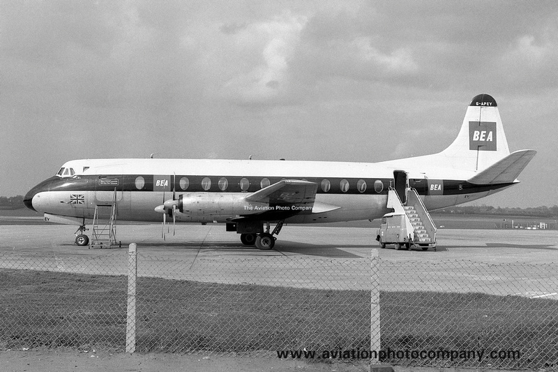 Manchester Airport 1969 Part 1 | North West Air News