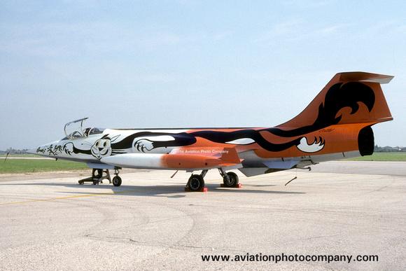 The Aviation Photo Company: Latest Additions &emdash; Italian Air Force 51 Stormo Lockheed F-104S Starfighter MM6829 (1989)