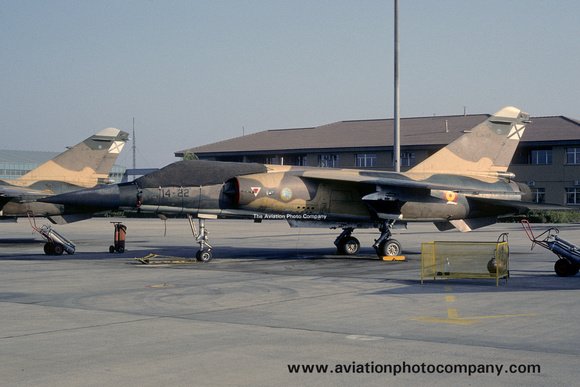 The Aviation Photo Company: Latest Additions &emdash; Spanish Air Force Ala 14 Dassault Mirage F.1E C.14-22/14-22 (1988)