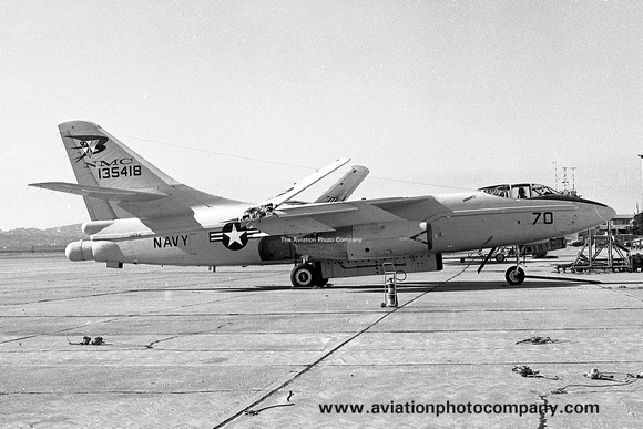The Aviation Photo Company: A-3 Skywarrior (Douglas) &emdash; US Navy NMC Douglas A-3A Skywarrior 135418/70 (1973)