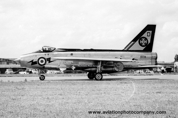 The Aviation Photo Company: English Electric Lightning &emdash; 111 Squadron English Electric Lightning F.3 XR714/D (1965)