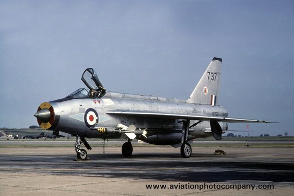 The Aviation Photo Company: English Electric Lightning &emdash; 226 OCU English Electric Lightning F.3 XP737