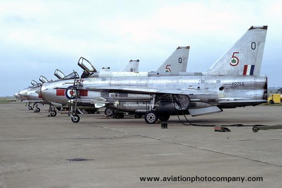 The Aviation Photo Company: 5 Squadron &emdash; RAF 5 Squadron English Electric Lightning F.3 XR755/O (1974)