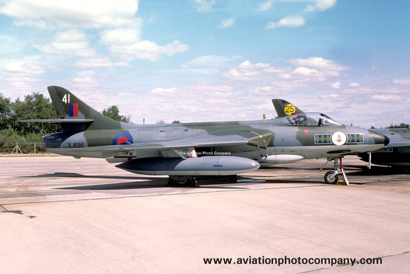 The Aviation Photo Company: Latest Additions &emdash; RAF 58 Squadron Hawker Hunter FGA.9 XJ686/41 (1976)