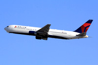 Delta Airlines Boeing 767-300 N144DA at Los Angeles IAP (2014)