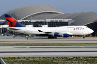 Delta Airlines Boeing 747-400 N673US at Los Angeles IAP (2014)